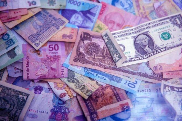 The Best of UpFinance: Money Cat in the Philippines